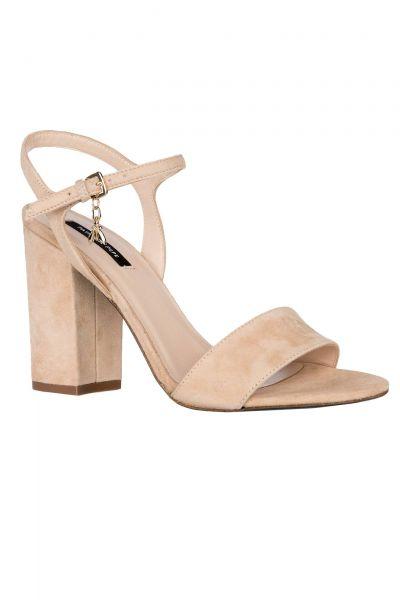 Sandalen in Beige