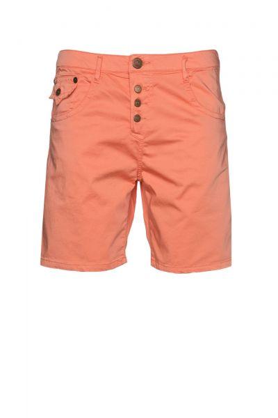 Shorts in Orange