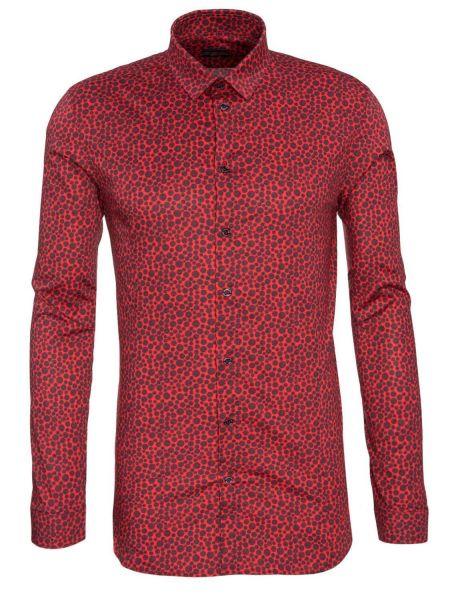 Hemd in Rot